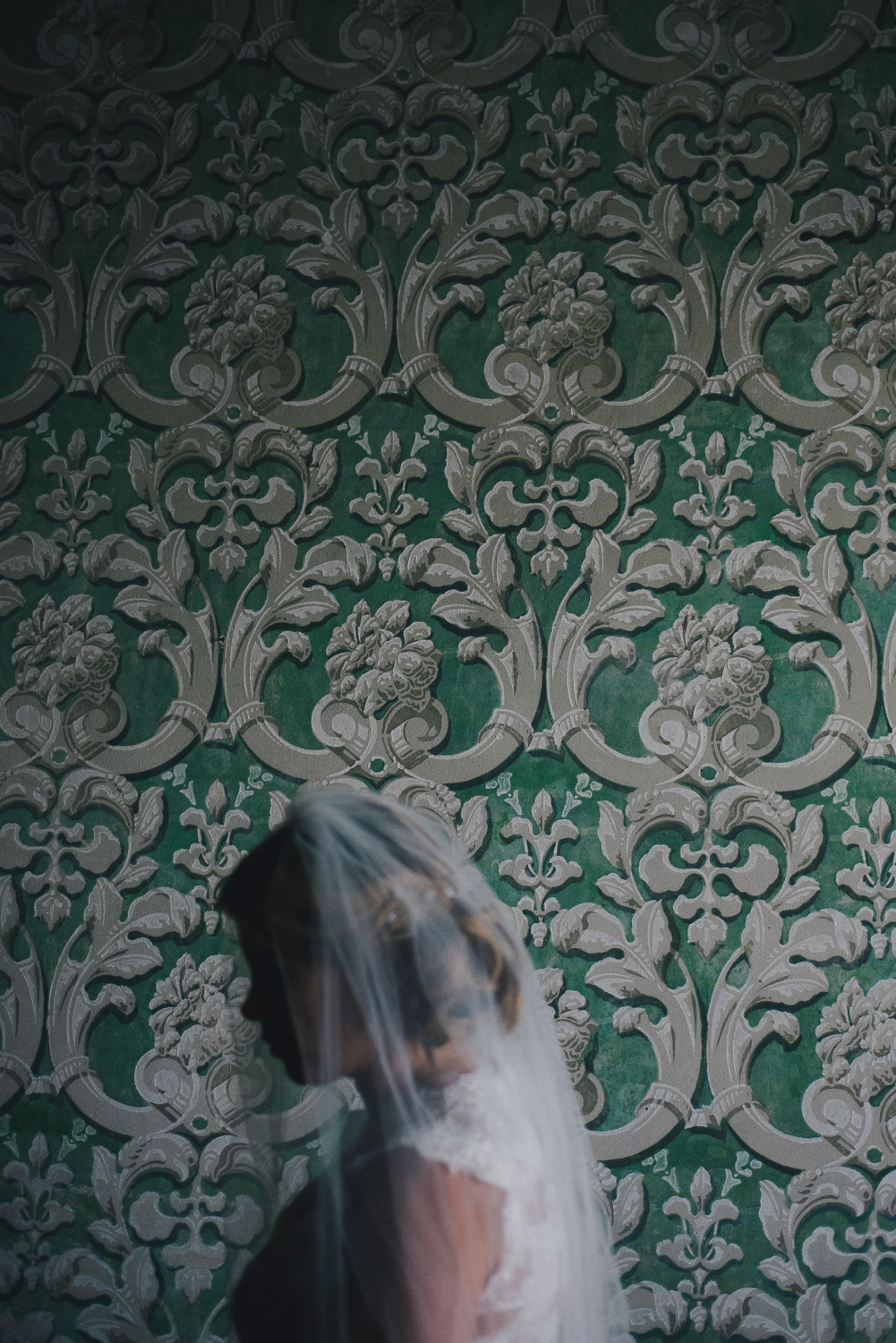 adriana alfano bride's portrait at borgo casa bianca tuscany