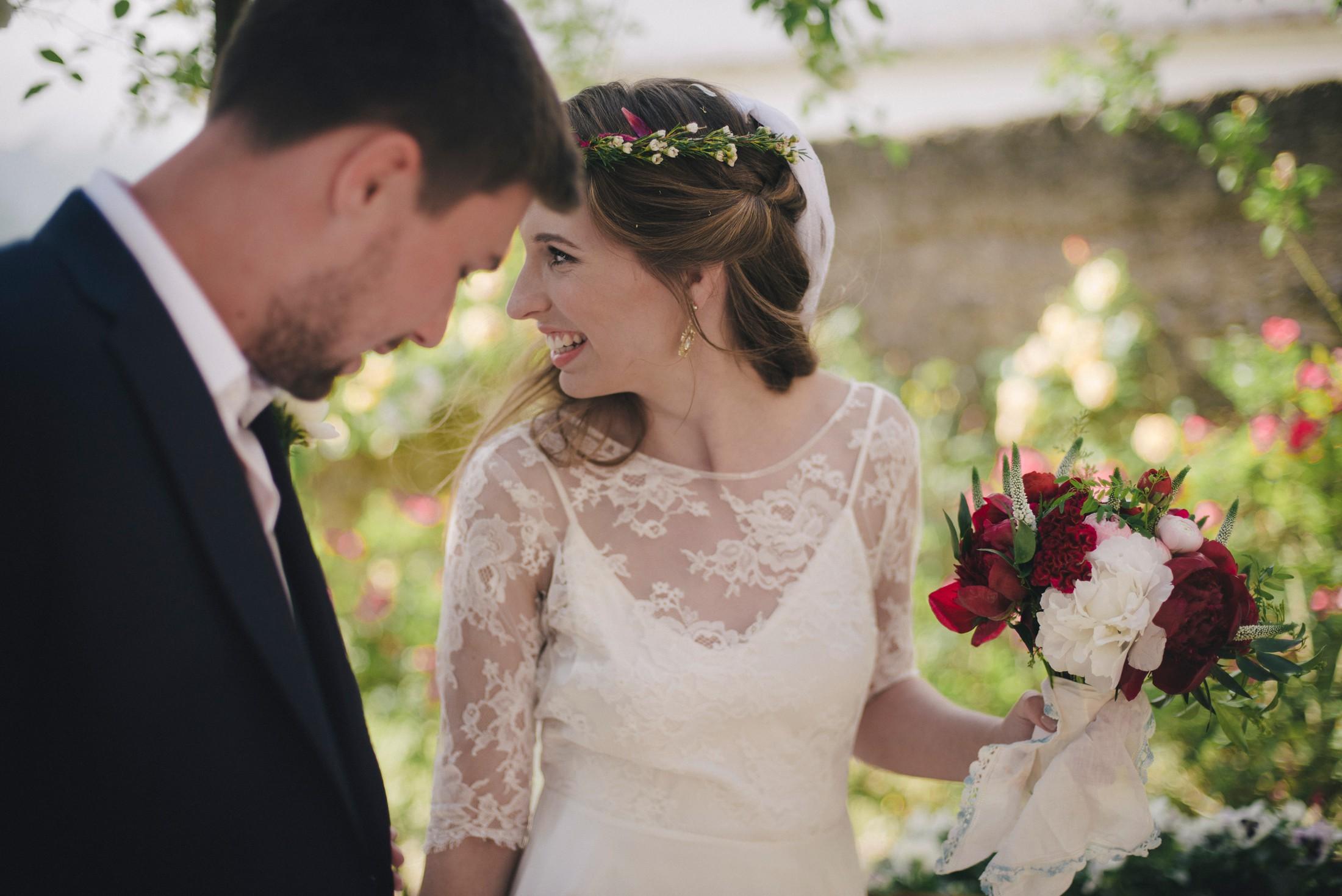adriana alfano bride and groom's portrait in ravello italy