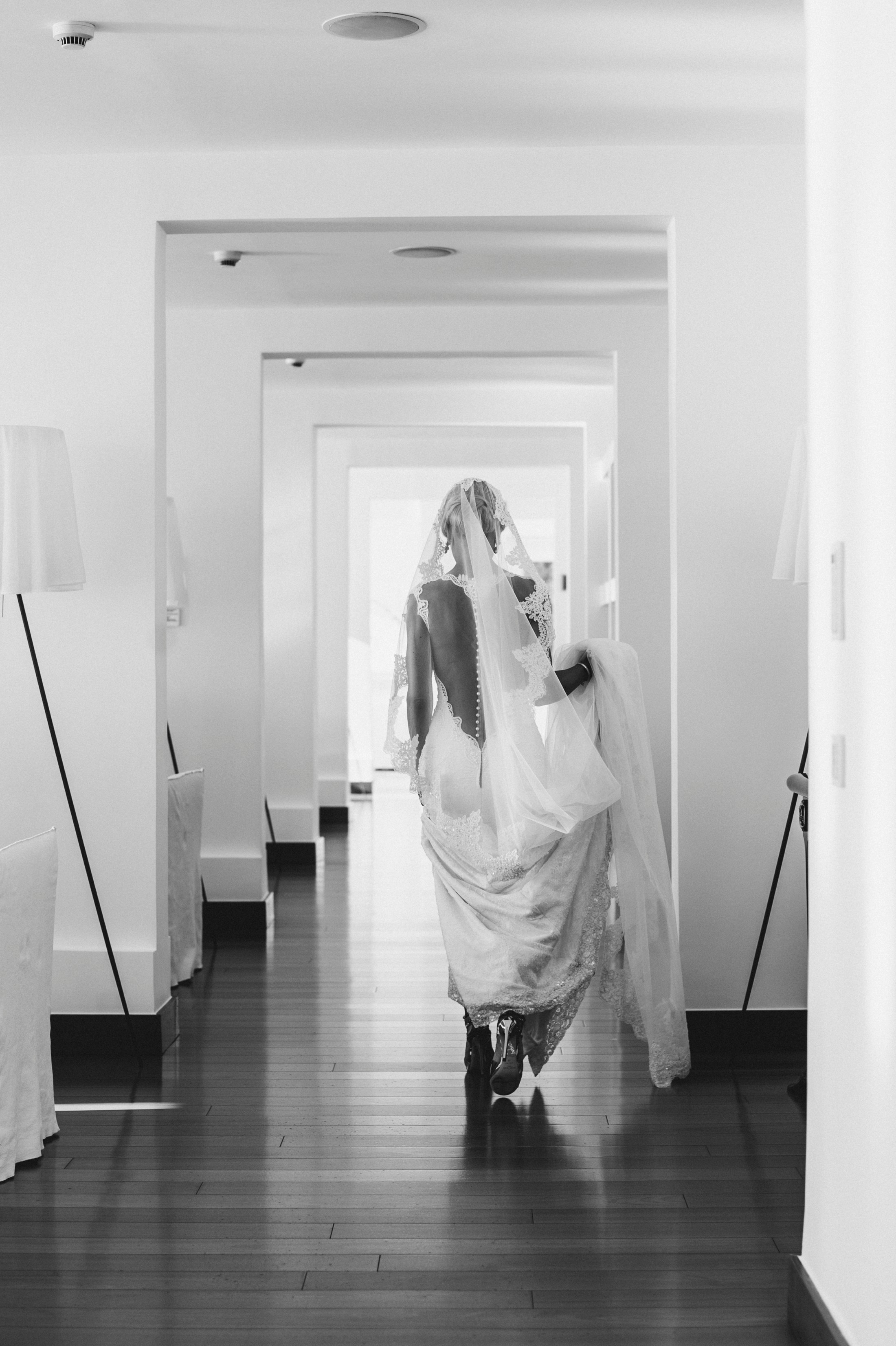 the bride walking form her hotel room in casa angelina praiano