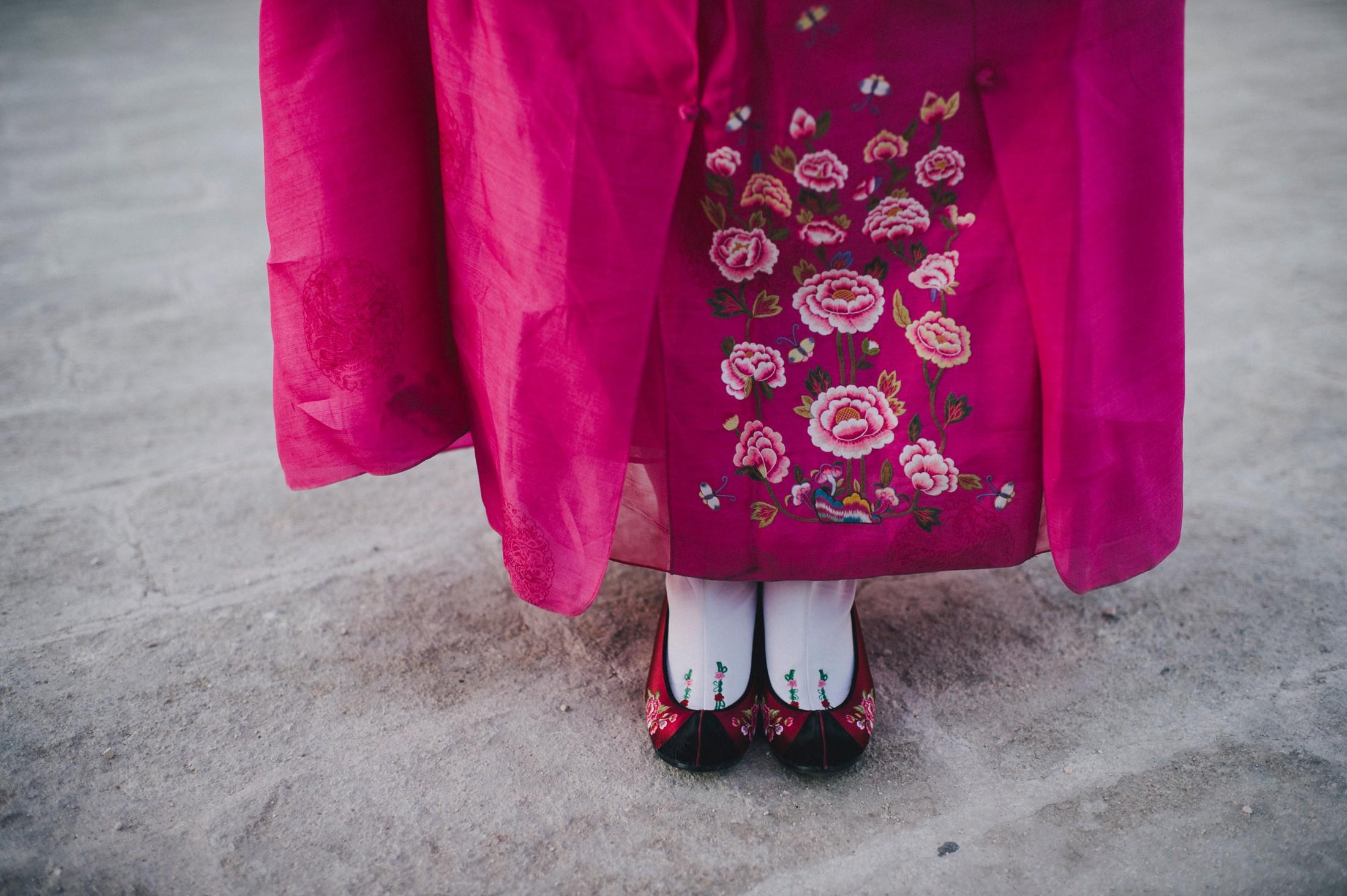wedding Korean shoes detail