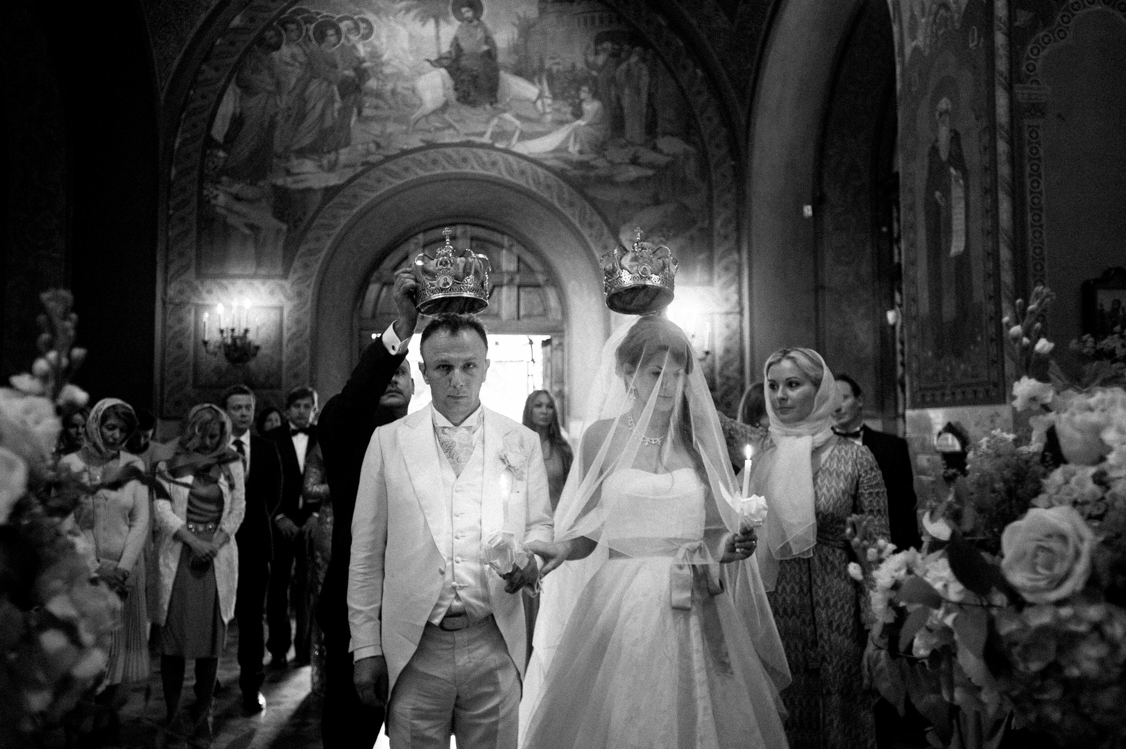 bride and groom during the wedding ceremony black and white