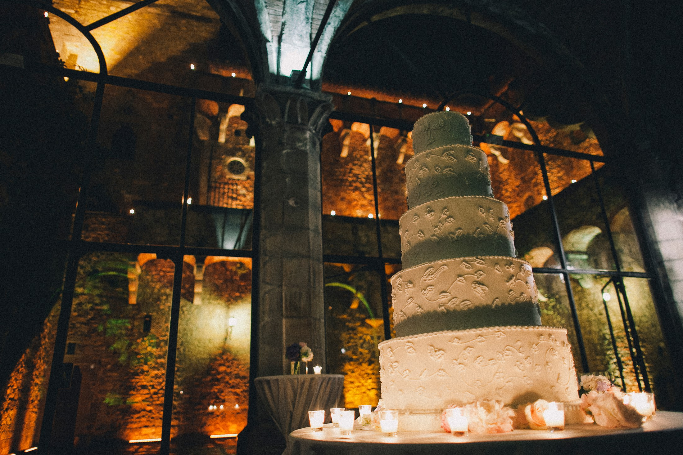 wedding cake at villa mangiacane florence
