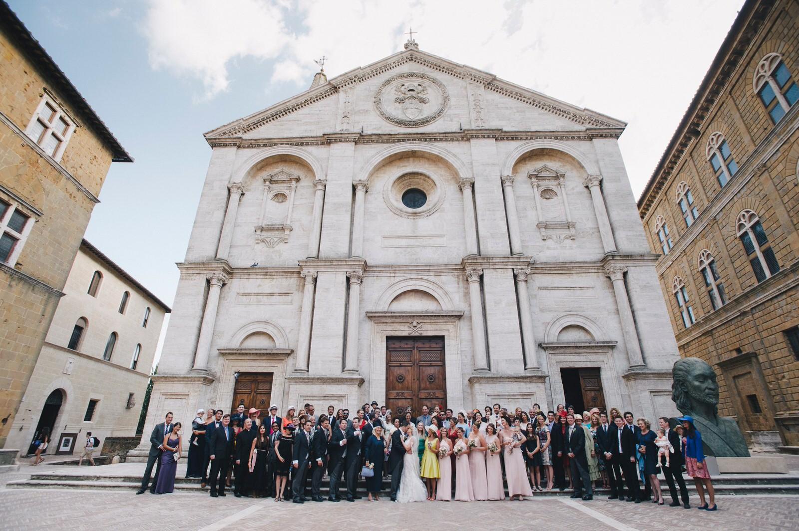 tuscany wedding big group outside the church
