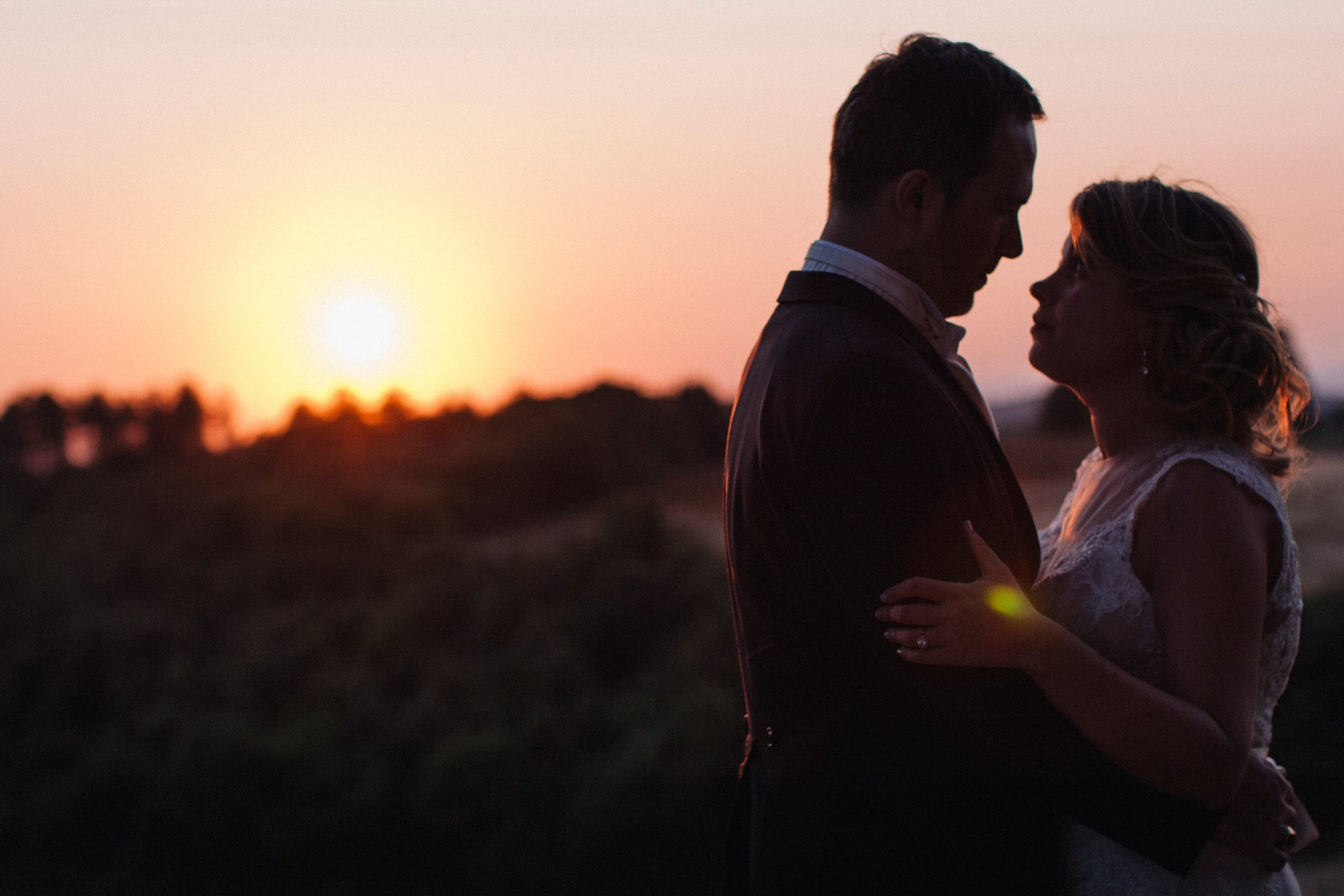 tuscany wedding bride and groom intimate portrait at sunset