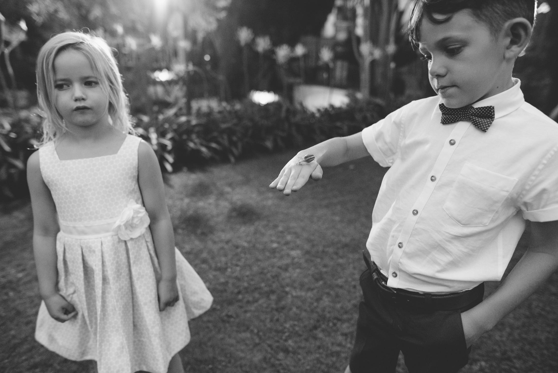 ravello wedding children found a snail