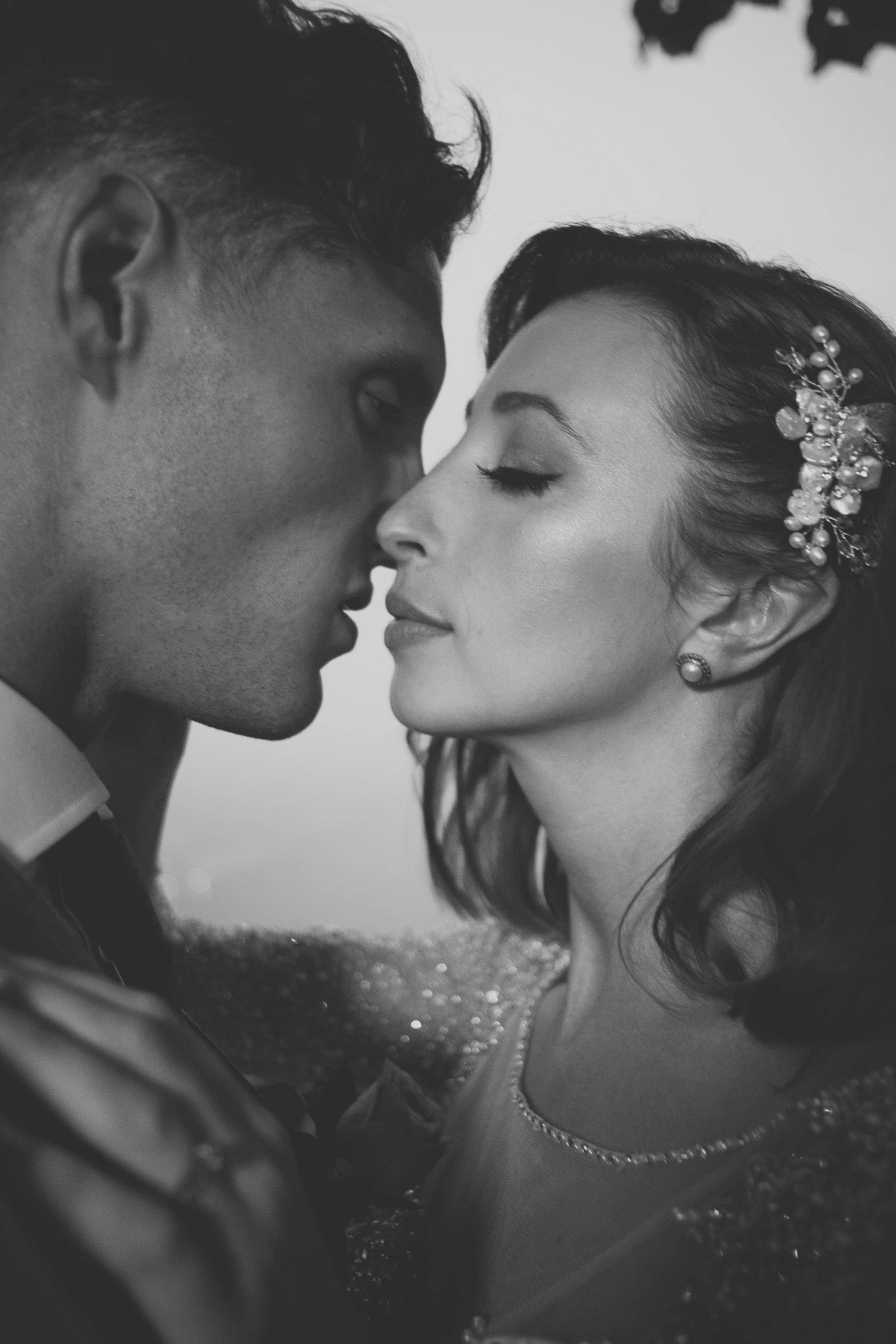 ravello wedding bride and groom intimate portrait