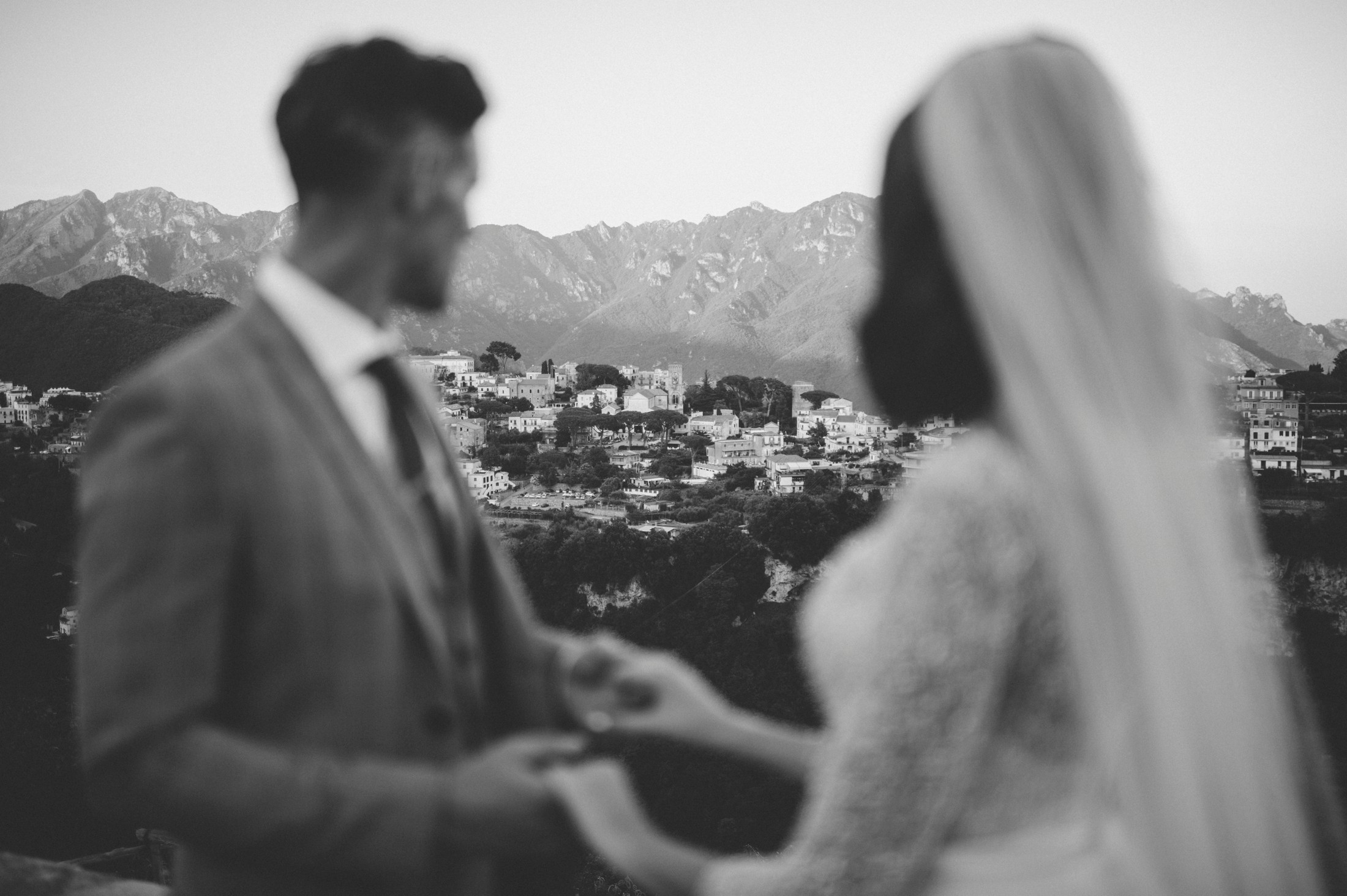 ravello wedding bride and groom's portrait in black and white