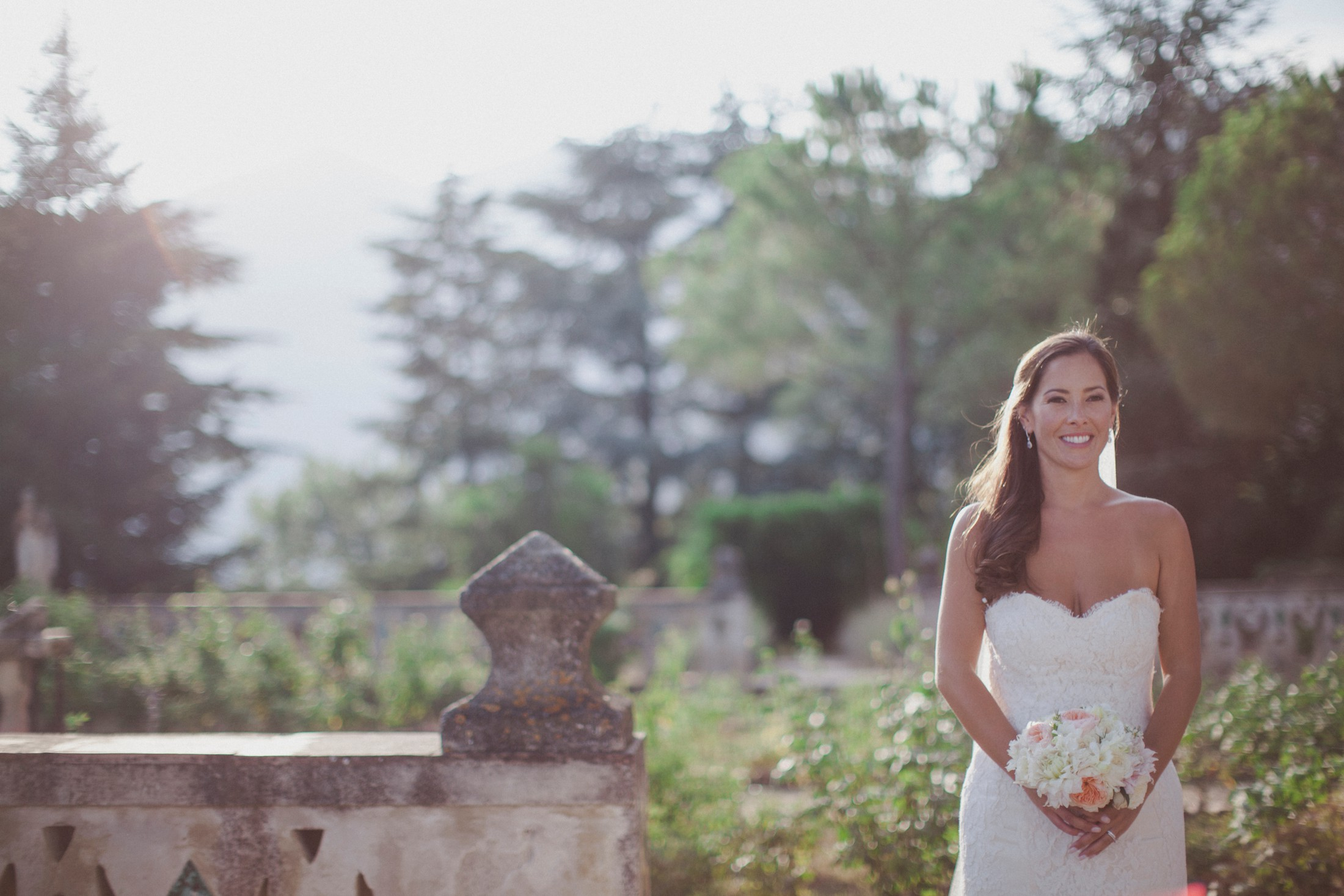 wedding in ravello bride's portrait in villa cimbrone