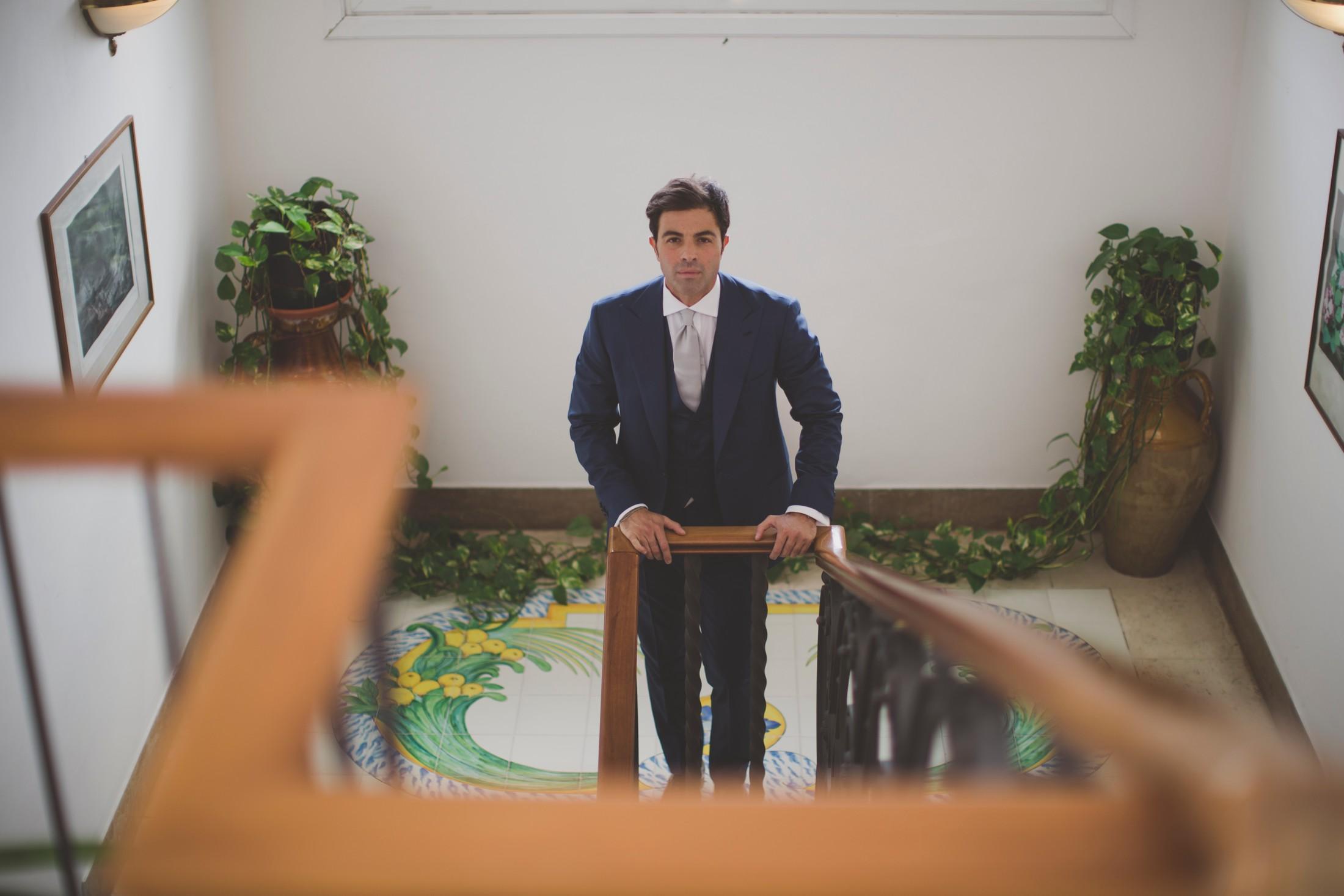 sorrento wedding groom's portrait i