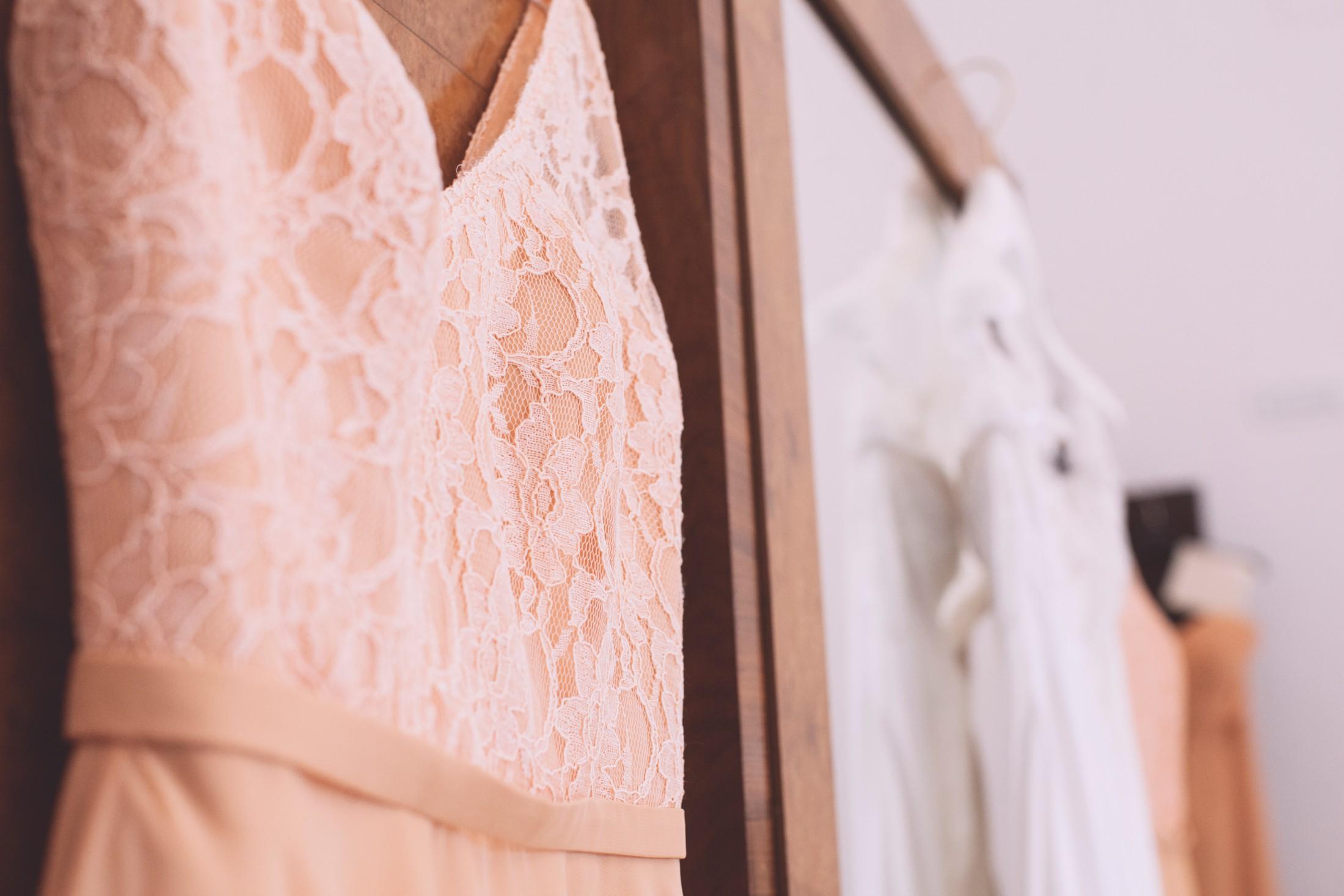 wedding in ravello wedding dresses details