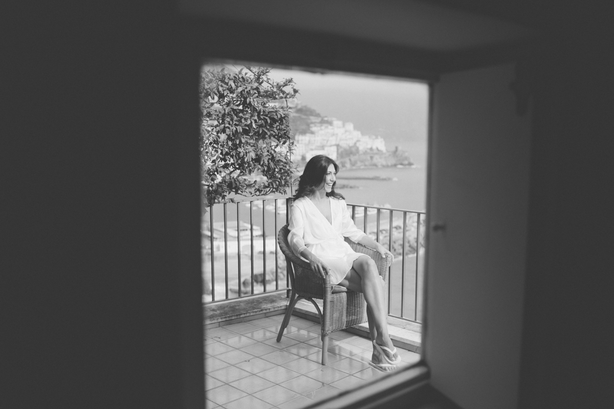 wedding in amalfi bride's portrait on a terrace in black and white