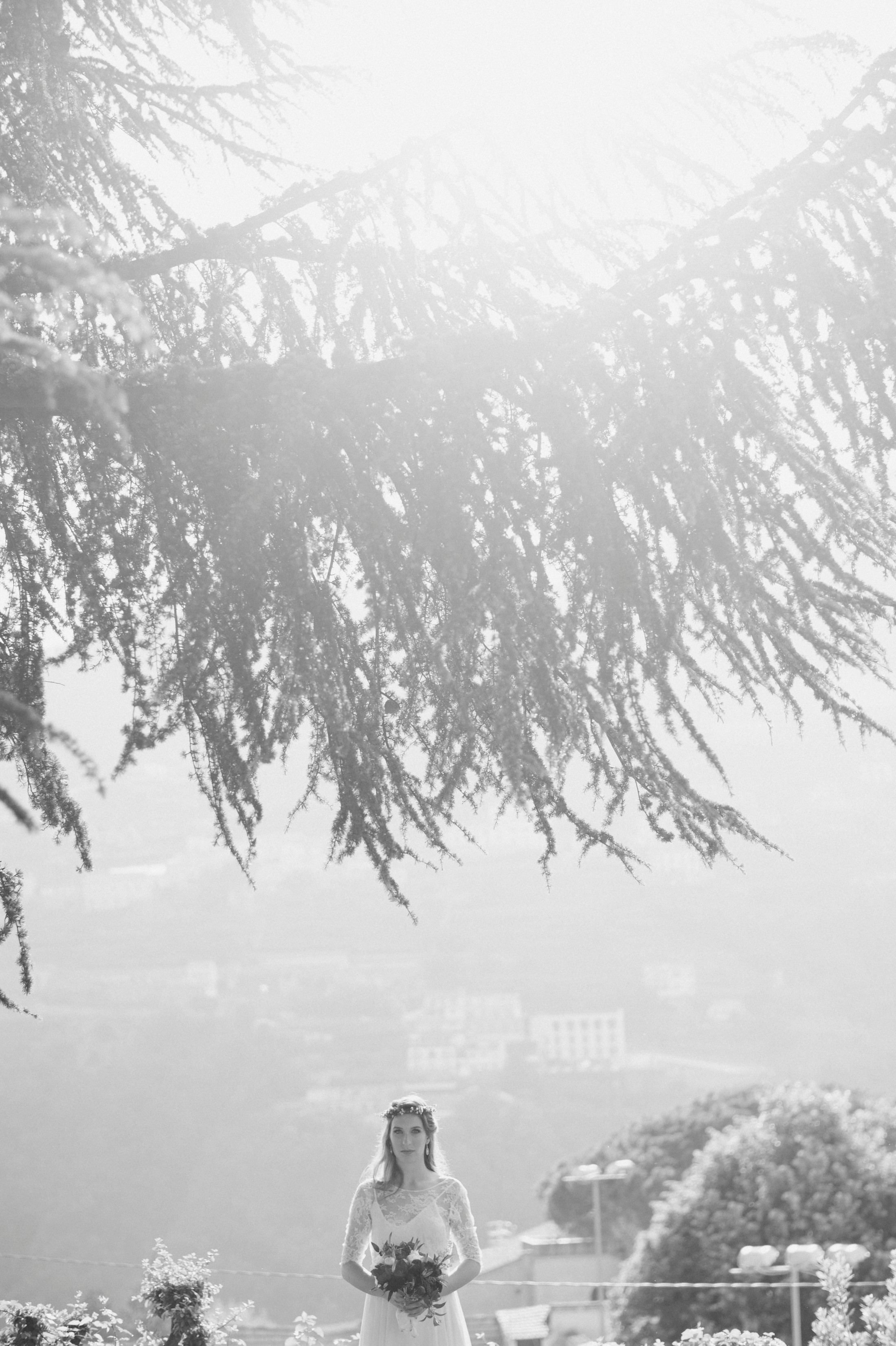 wedding in ravello bride and groom's portrait in black and white