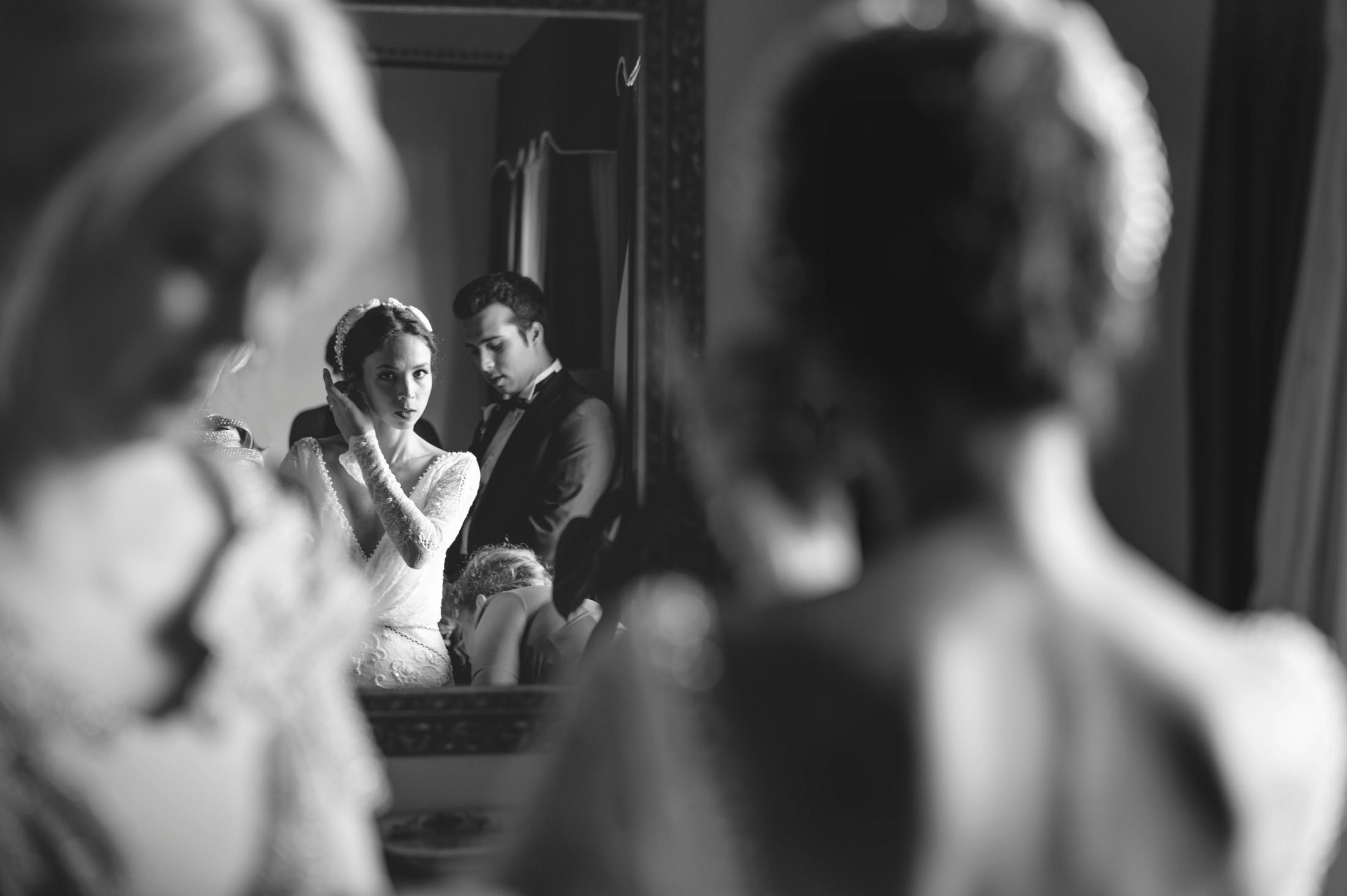 luxury wedding briee during the preparation