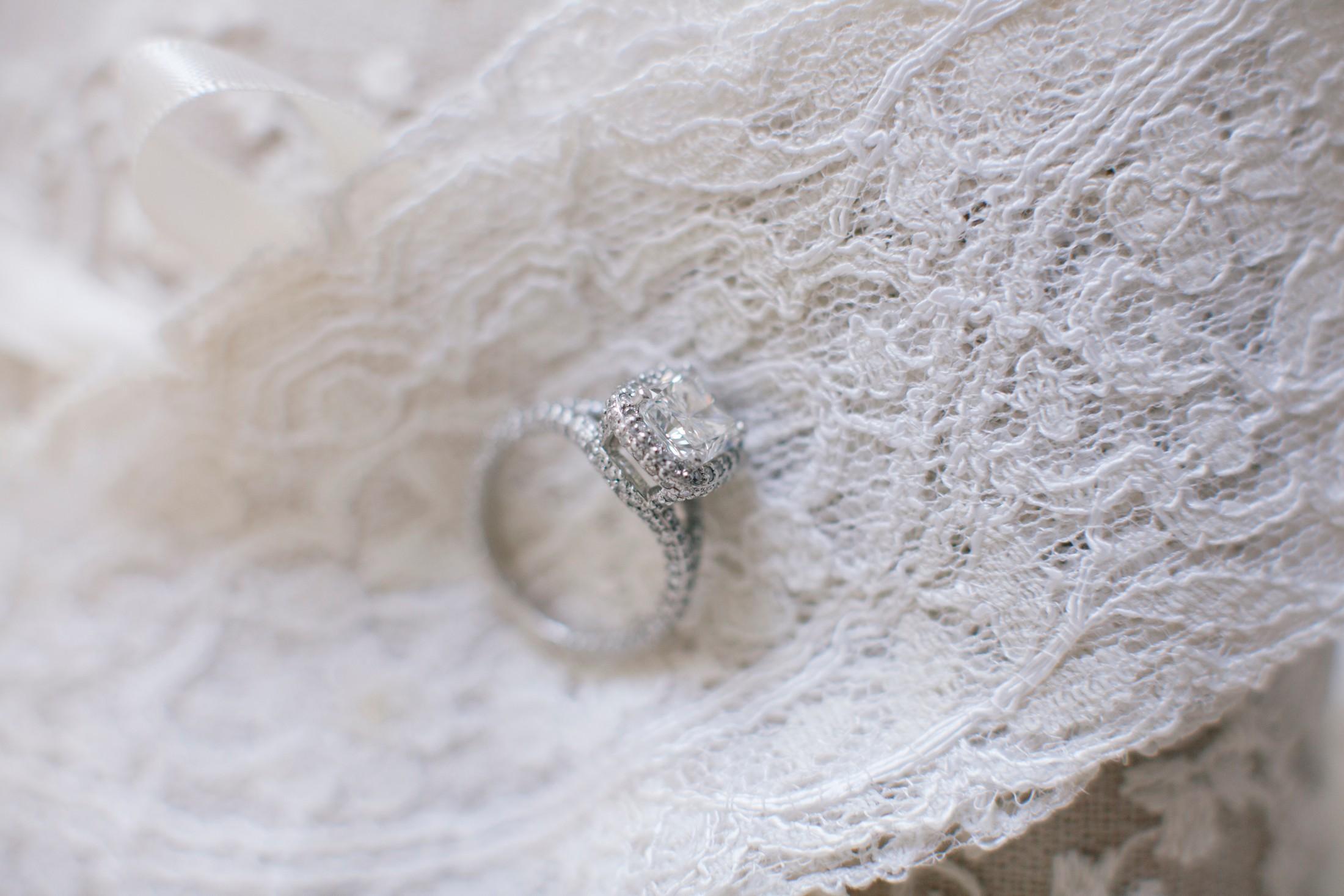 wedding at villa cimbrone, wedding rings