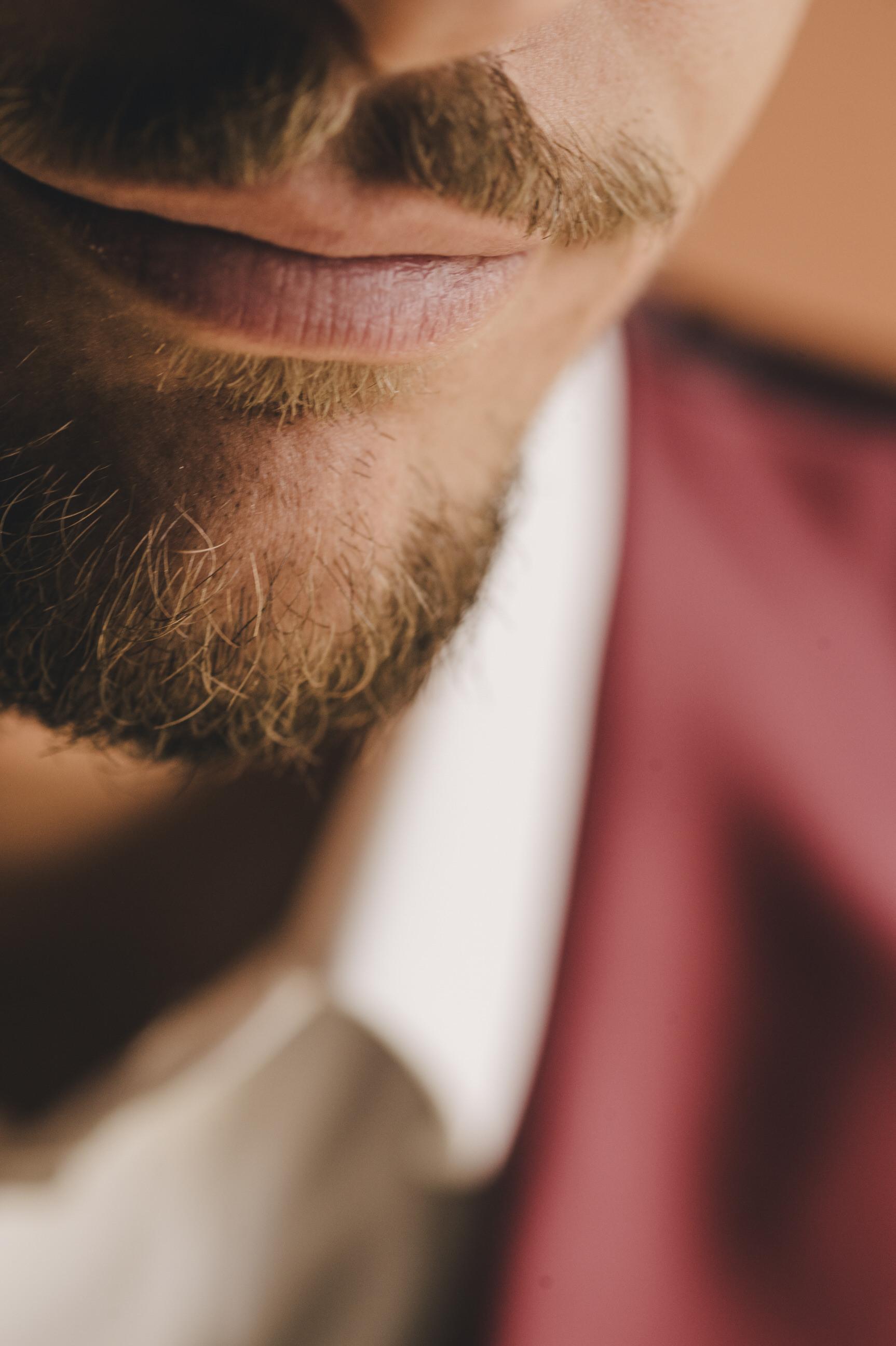 groom's lips