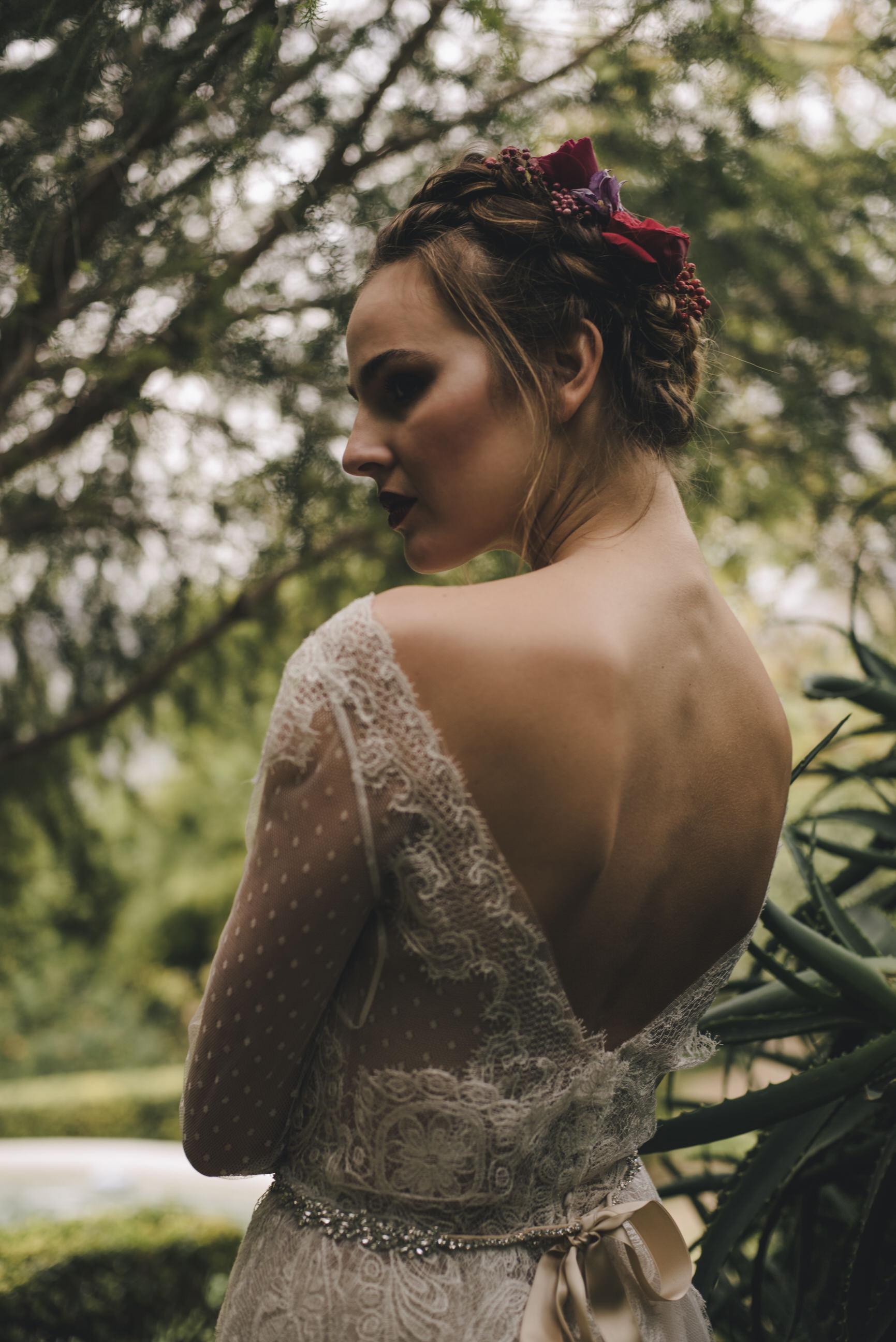 bride's portrait among green plants