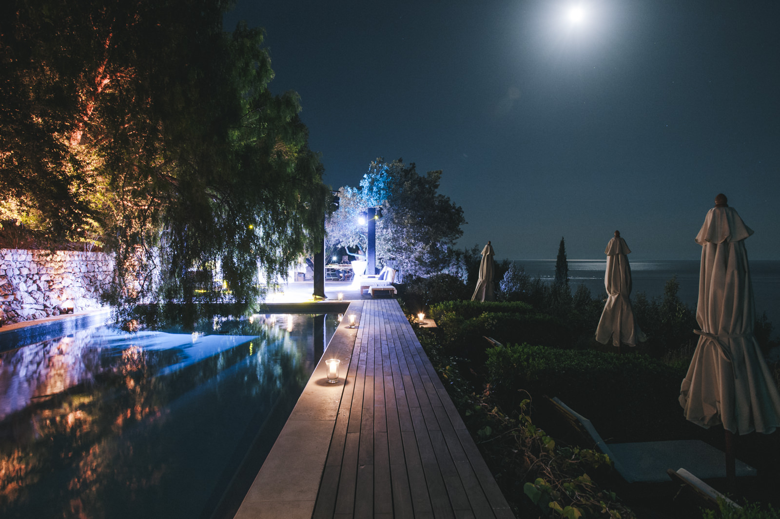 the pool of casa privata by night