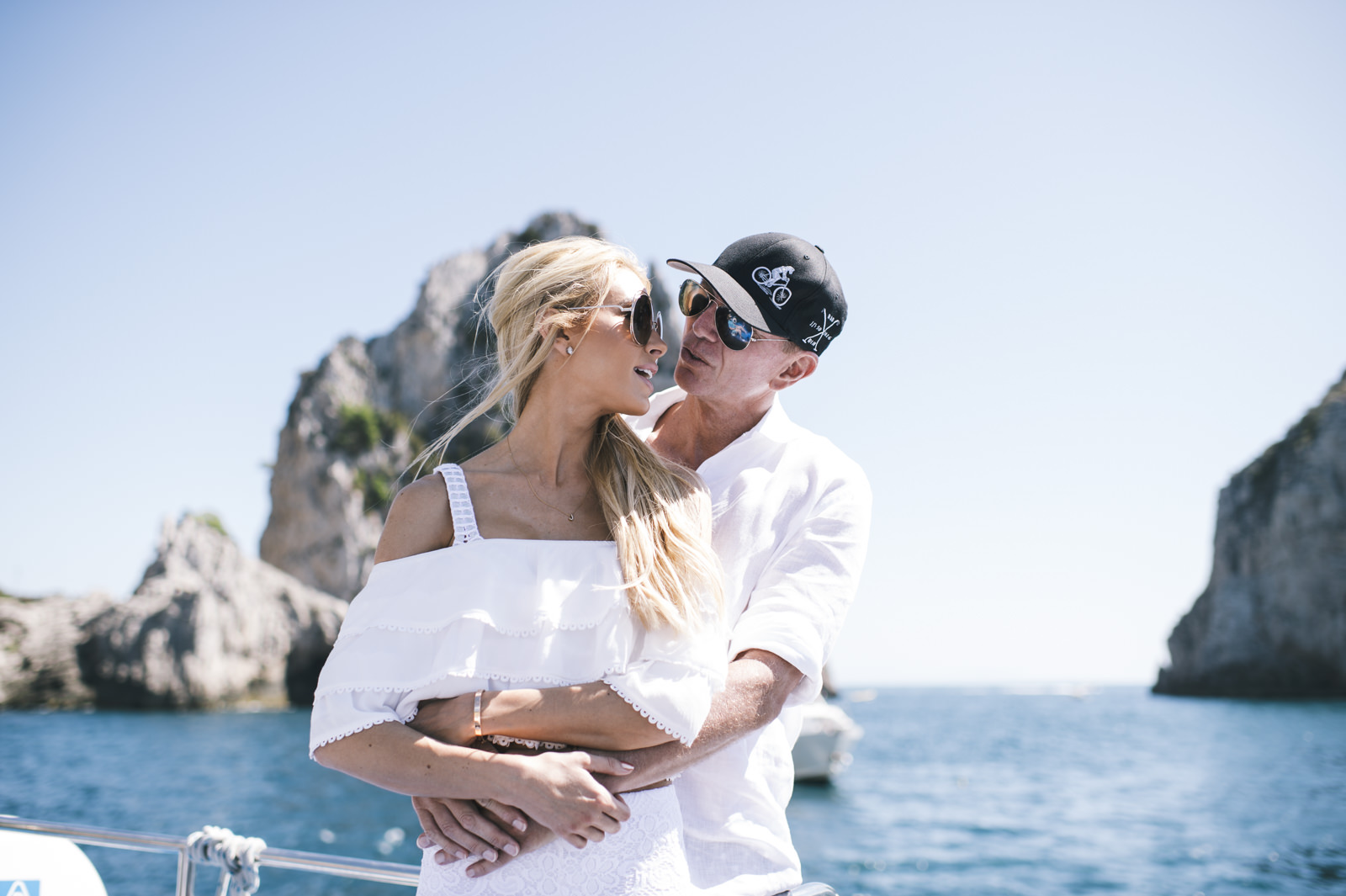 couple on a boat trip to capri