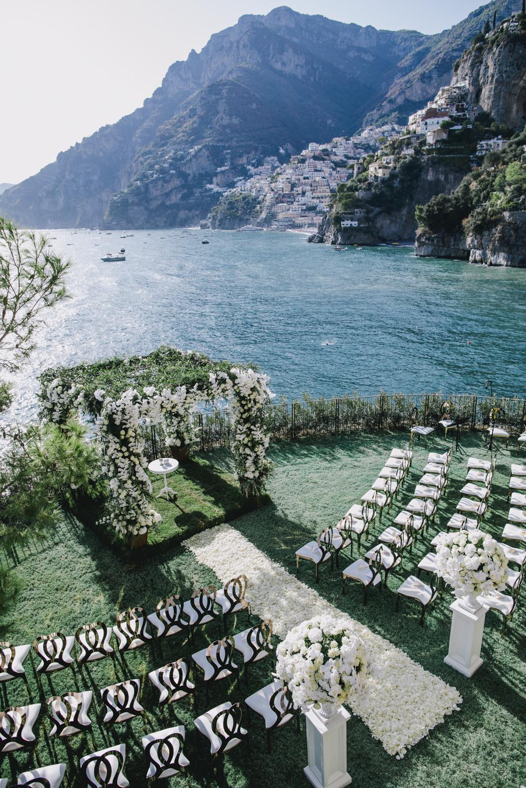 ceremony setting on a terrace of villa tre ville in positano