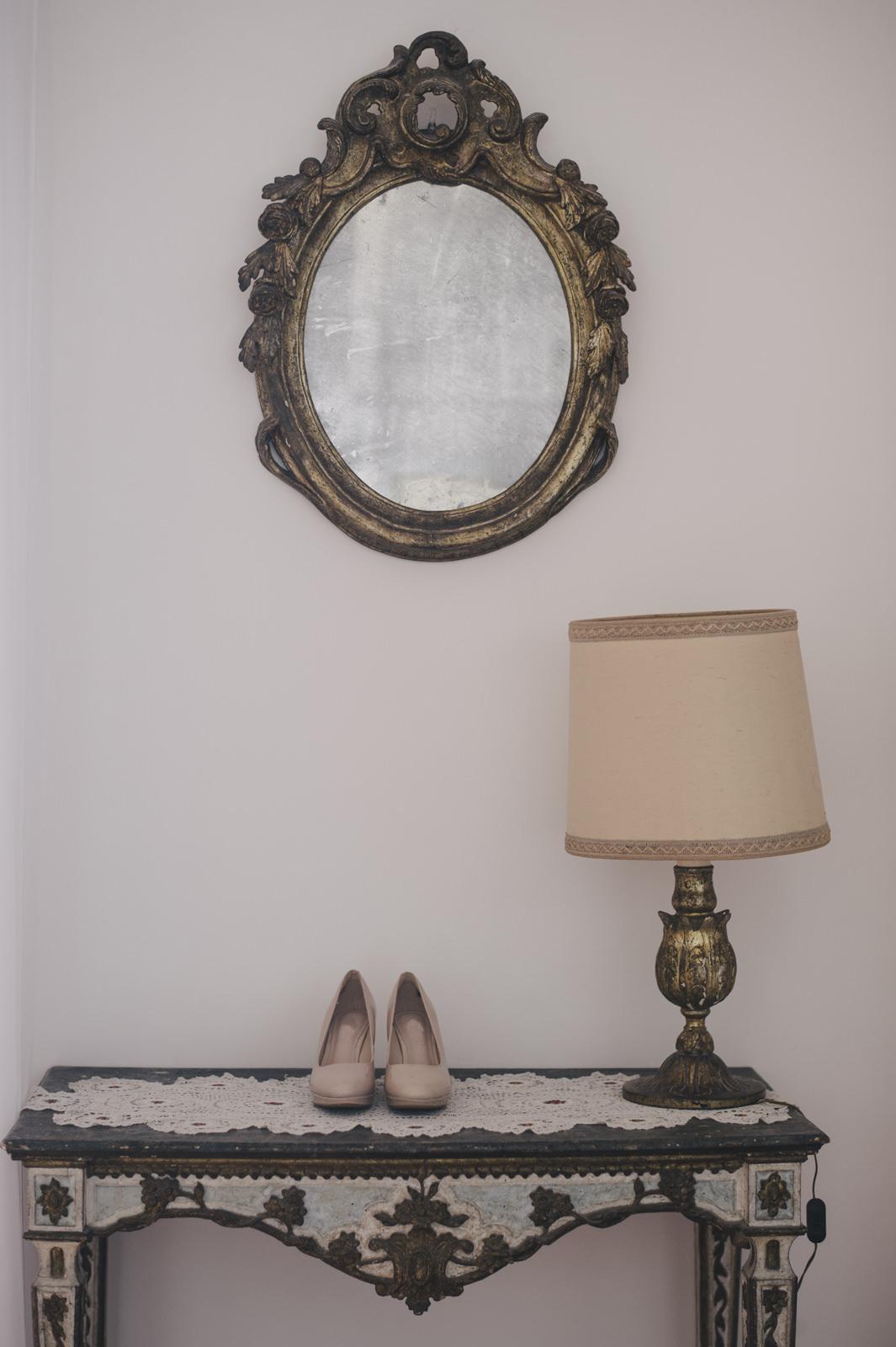 bride's shoes detail