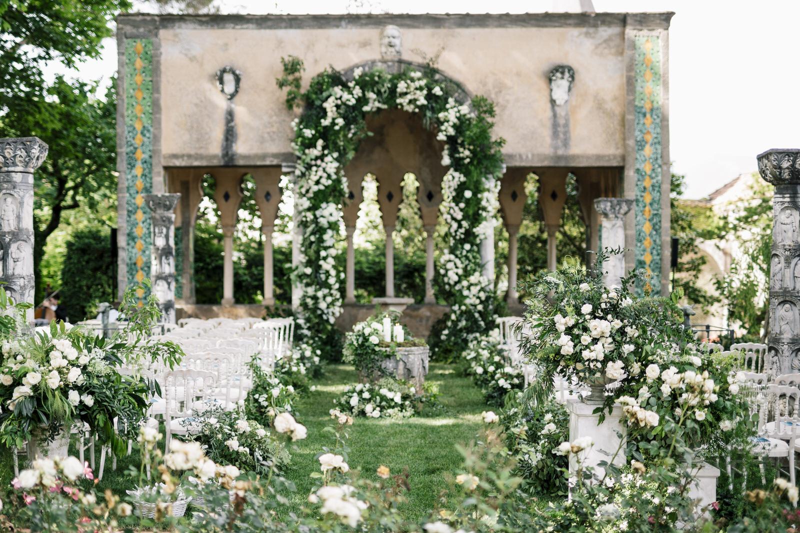wedding at villa cimbrone in ravello 01