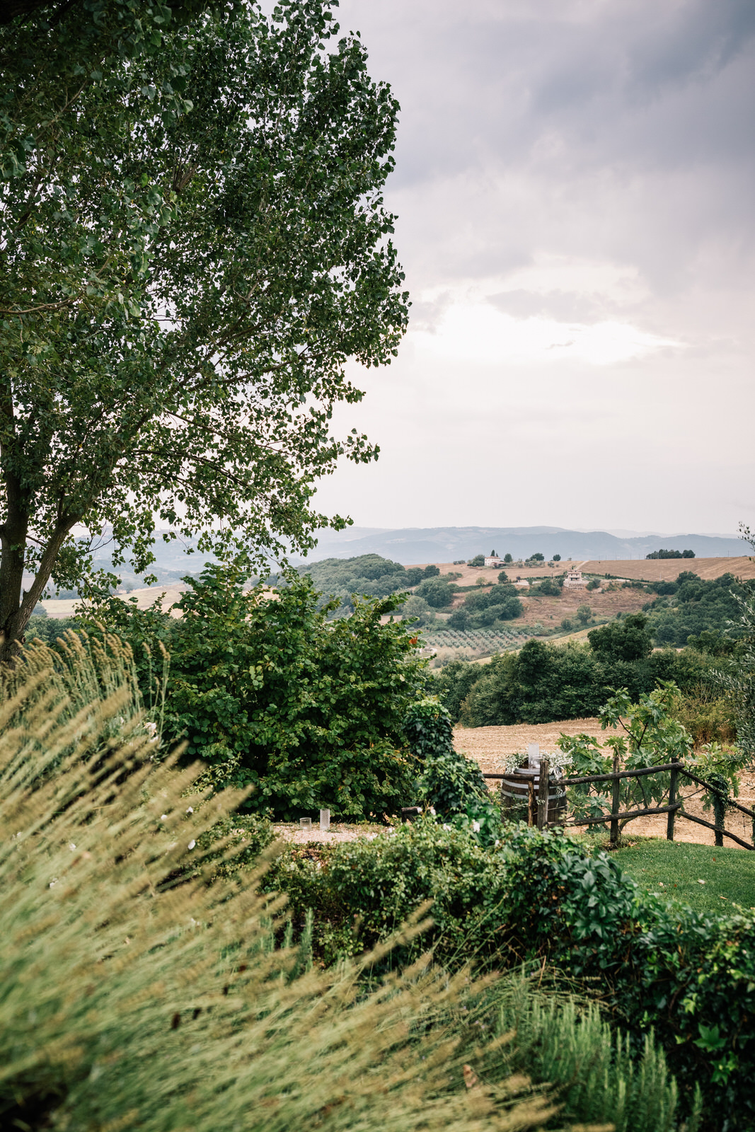 elegant wedding in umbria la badia in orvieto 03