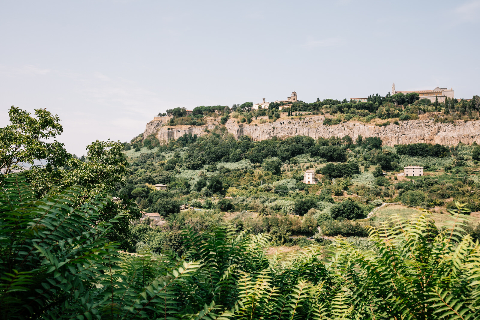 elegant wedding in umbria la badia in orvieto 05